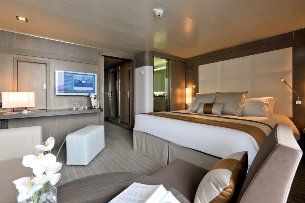 Ponant Sisterships Suite